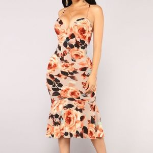 Fashion Nova floral dress 👌🏼
